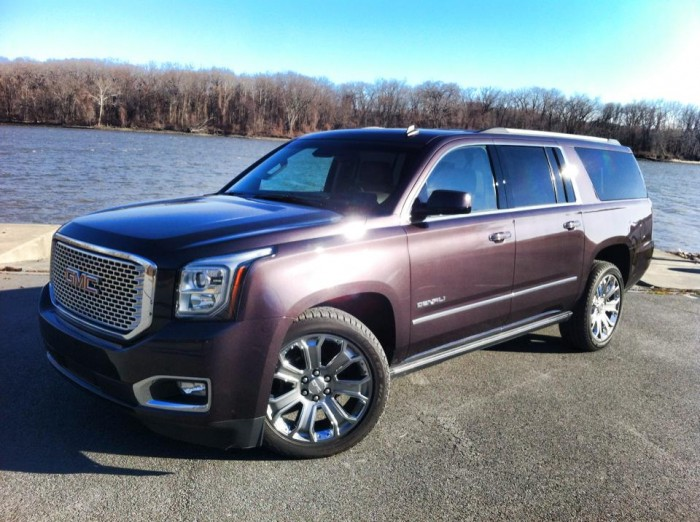 2015 gmc yukon xl denali video review. Black Bedroom Furniture Sets. Home Design Ideas