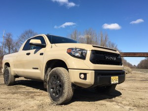 2016 toyota tundra trd pro video review by steve hammes. Black Bedroom Furniture Sets. Home Design Ideas